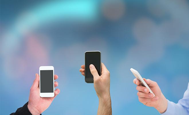 Precio de smartphones, al alza en dos años
