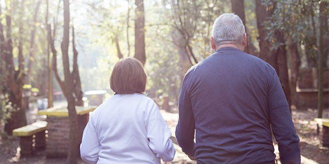 Adultos mayores deben ser parte de la era digital