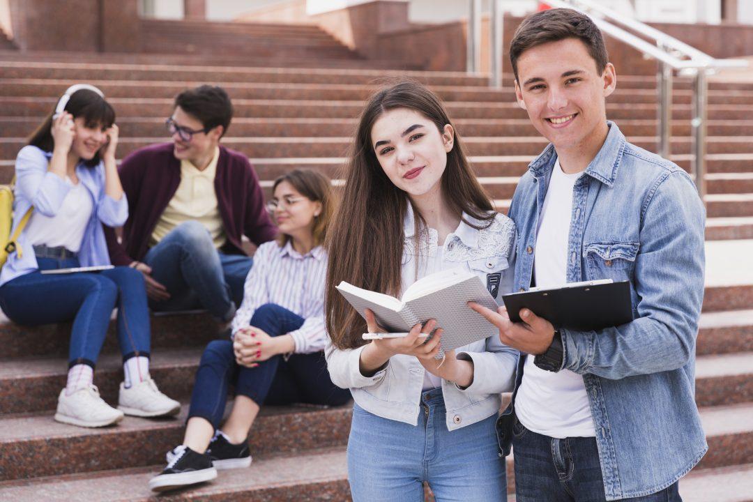 Estudiantes-escuela